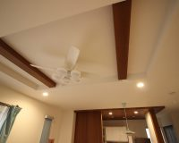 府中市 戸建て 1階リビング 折り上げ天井 オーデリック製シーリングファン 取付工事事例